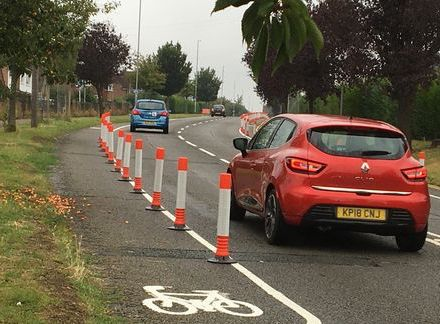 1_Wands-have-been-installed-along-cycle-lanes-in-Kettering-to-protect-cyclists